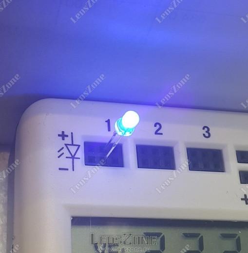 Светодиоды 3мм ультрафиолетовые (выводы 15мм)
