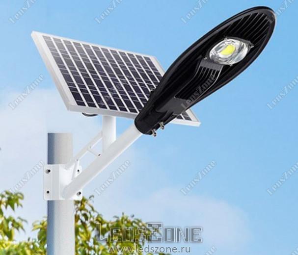LED прожектор COBRA 30W на солнечной батарее